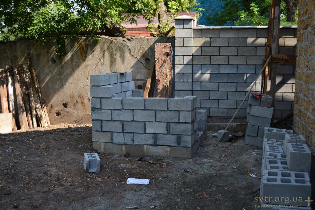 Будівництво церкви